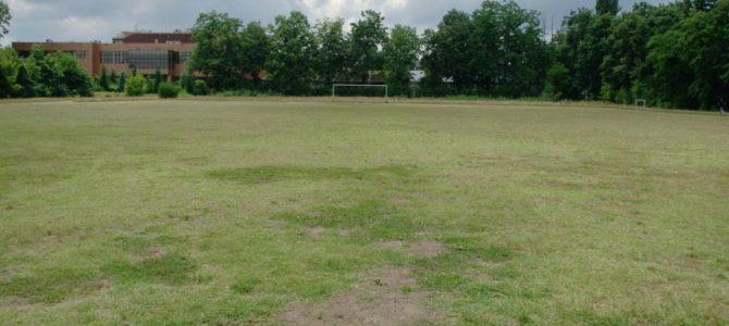 O altă bază sportivă din București, Girueta, ar putea fi transformată în… supermarket